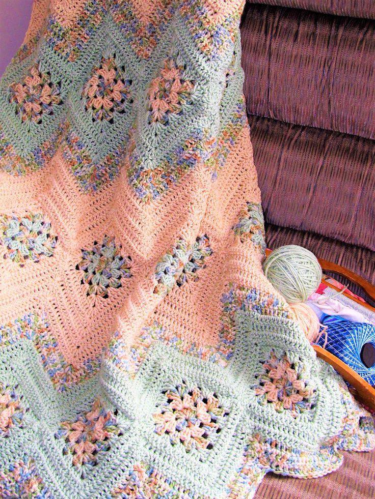 afghan patterns free crochet blanket patterns [free pattern] this absolute beauty  u201cgrannies and ripplesu201d kfmhdyd